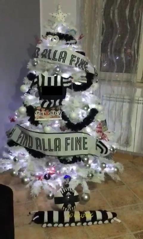 Albero Di Natale Juventus.Gli Alberi Di Natale Quelli Belli Albero Juve Facciabuco Com