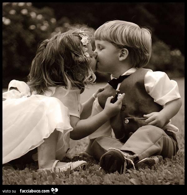 Bambini Si Baciano Facciabuco Com